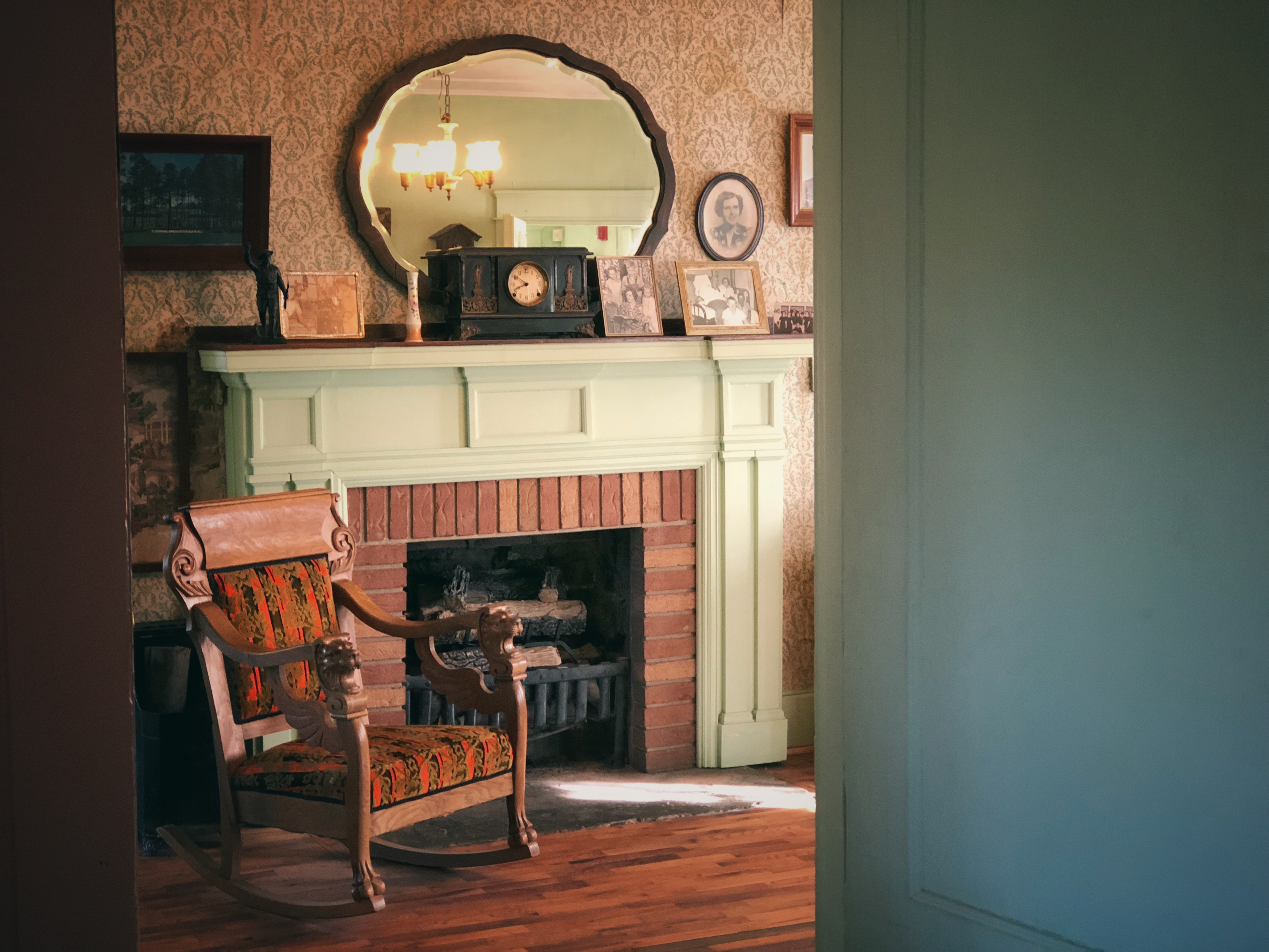 Alvin C. York's home, interior, Pall Mall, Tennessee