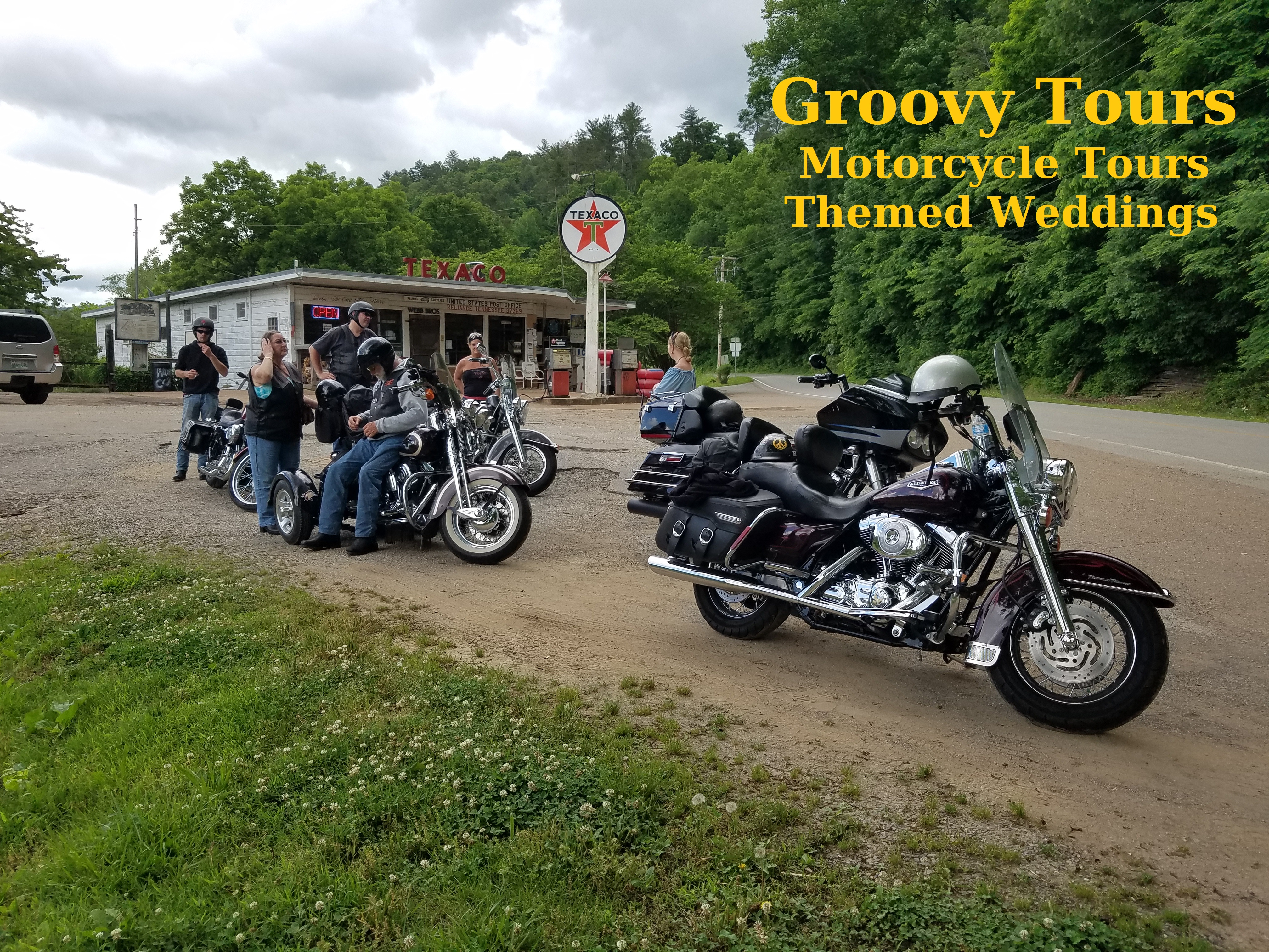 Groovy Toursthe Groovy Wedding Company In Sevierville Tn