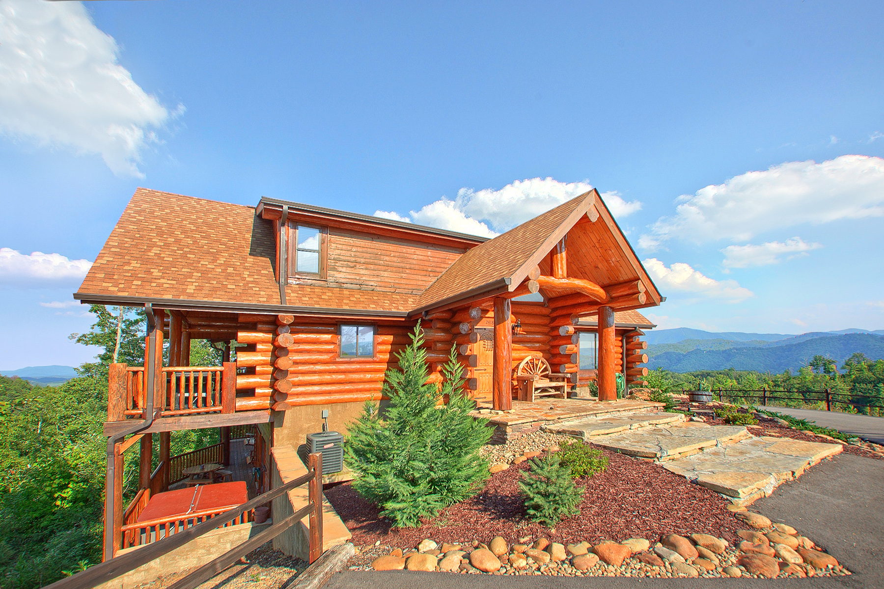 American Patriot Getaways in Pigeon Forge, TN - Tennessee Vacation