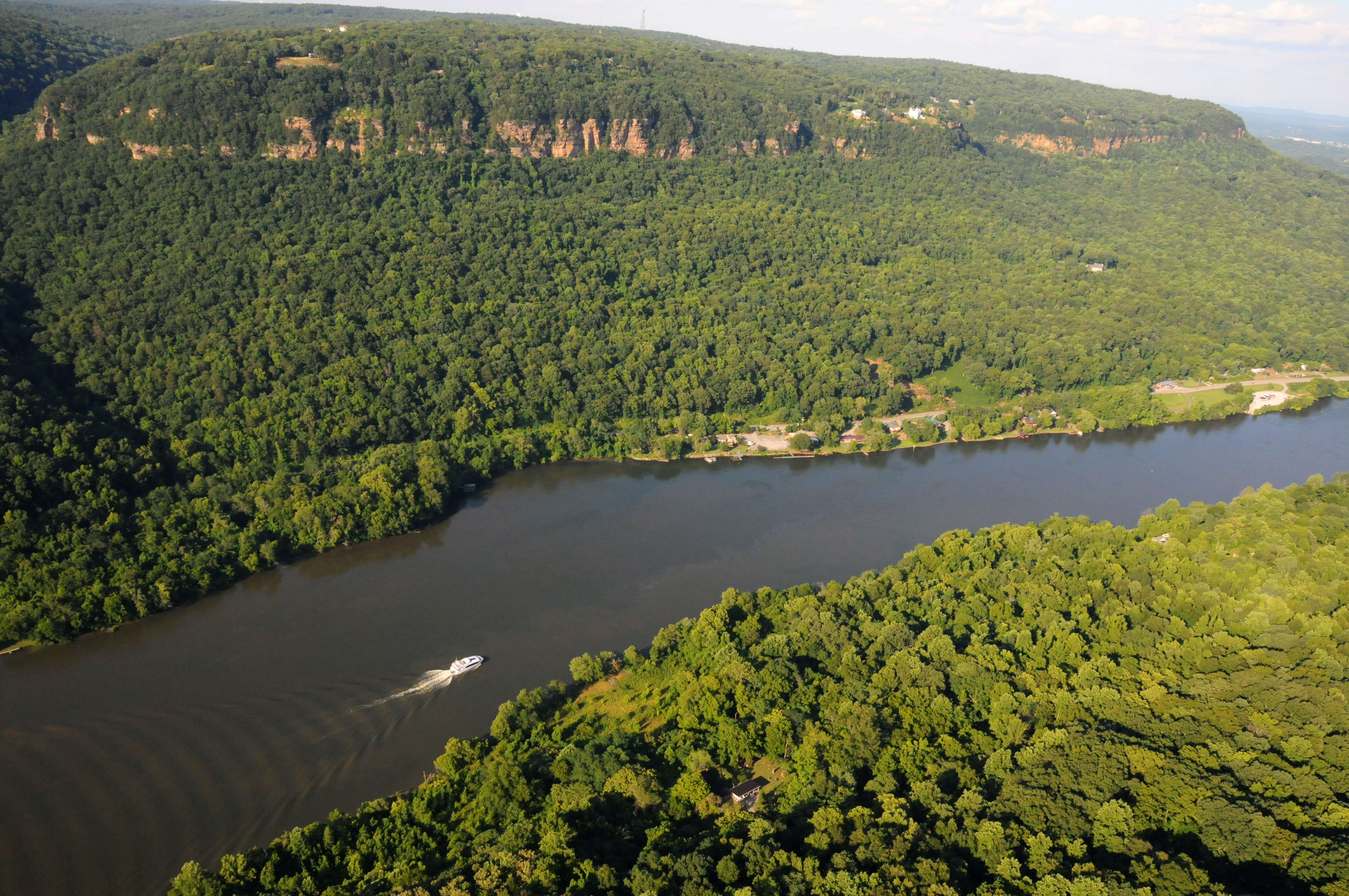 Tennessee River Gorge in Chattanooga, TN - Tennessee Vacation