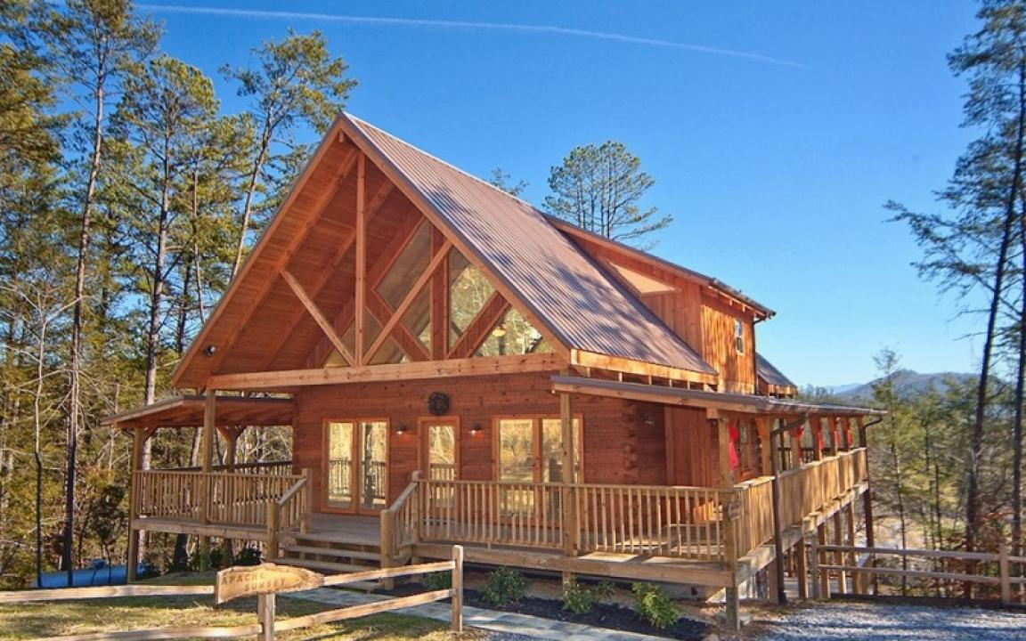cabins usa rooms room in gatlinburg rentals mountains the cabin theater pigeon forge smoky with