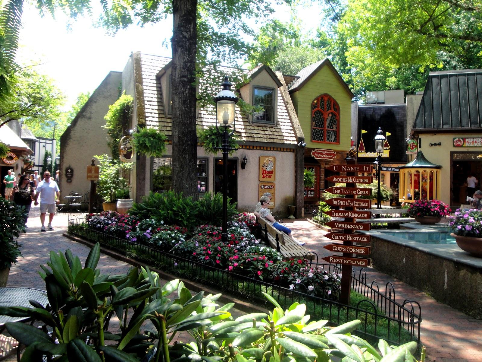 Gatlinburg Village Shops In Gatlinburg Tn Tennessee