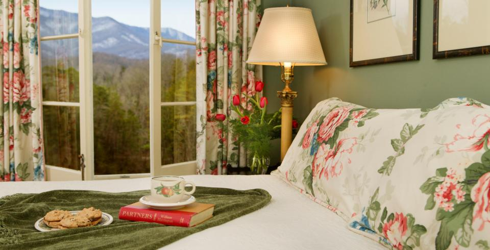 Pancakes and Where to Stay in the Smokies