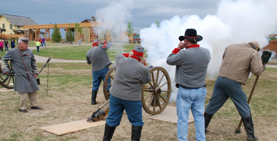 Civil War Days at Discovery Park of America in Union City