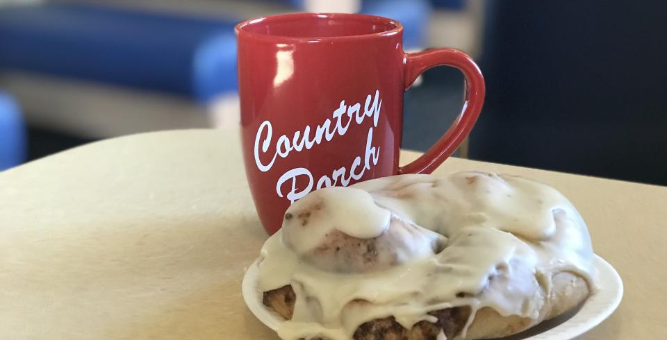 Country Porch Cinnamon Roll