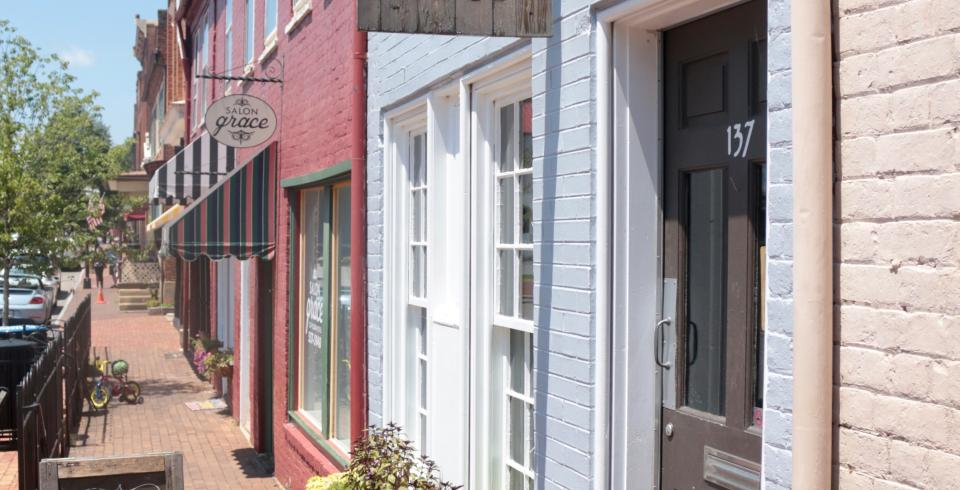 Shopping in Jonesborough, Tennessee