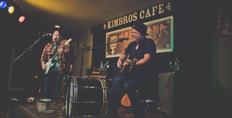 A band playing at Kimbros Cafe and Pickin' Parlor in Franklin TN