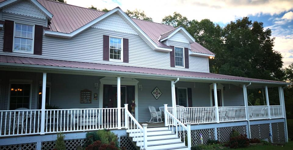 Grey Gables Bed & Breakfast Inn in Rugby, Tennessee