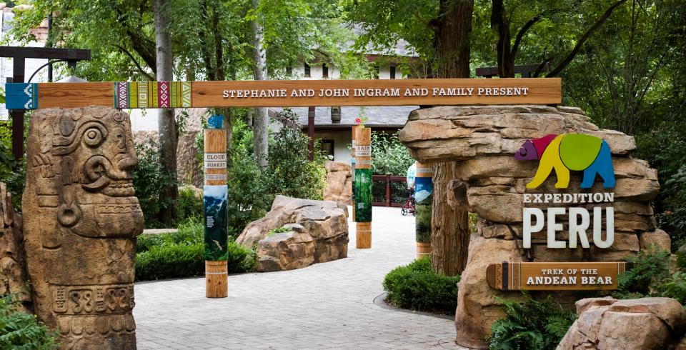 Entrance to Expedition Peru, Andean Bear exhibit at Nashville Zoo TN
