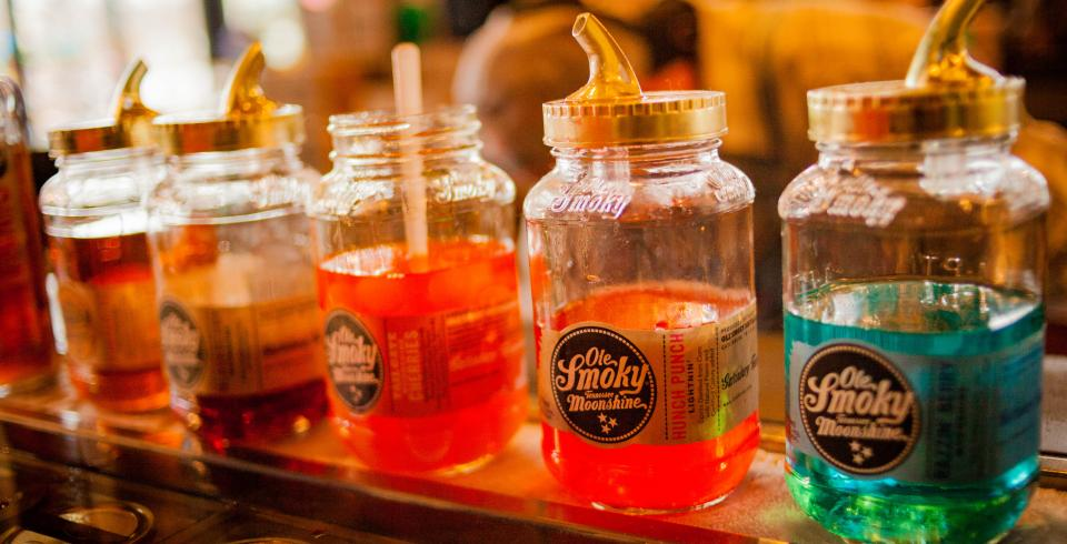 Ole Smoky Moonshine Distillery, Pigeon Forge