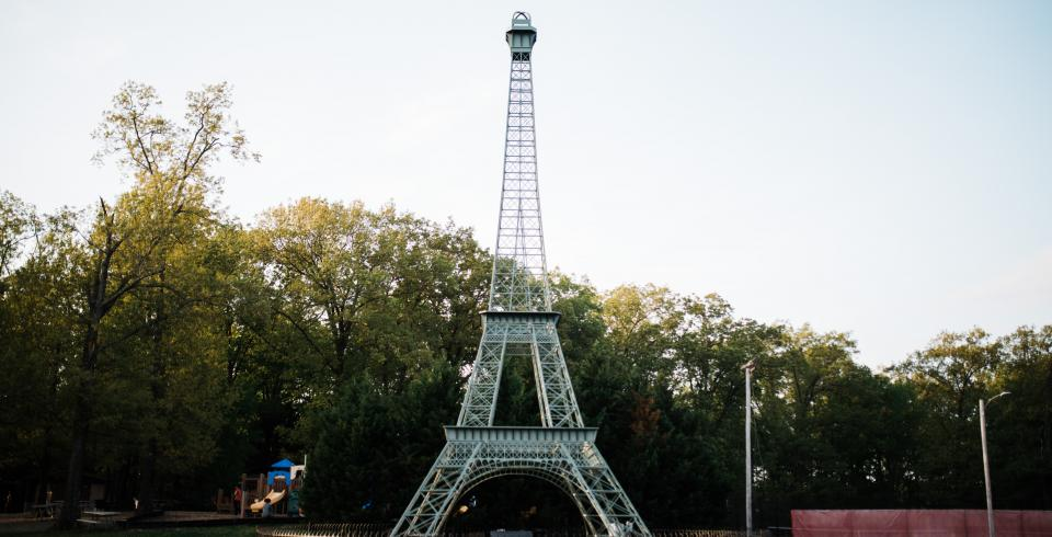 See Paris Tennessee's Eiffel Tower