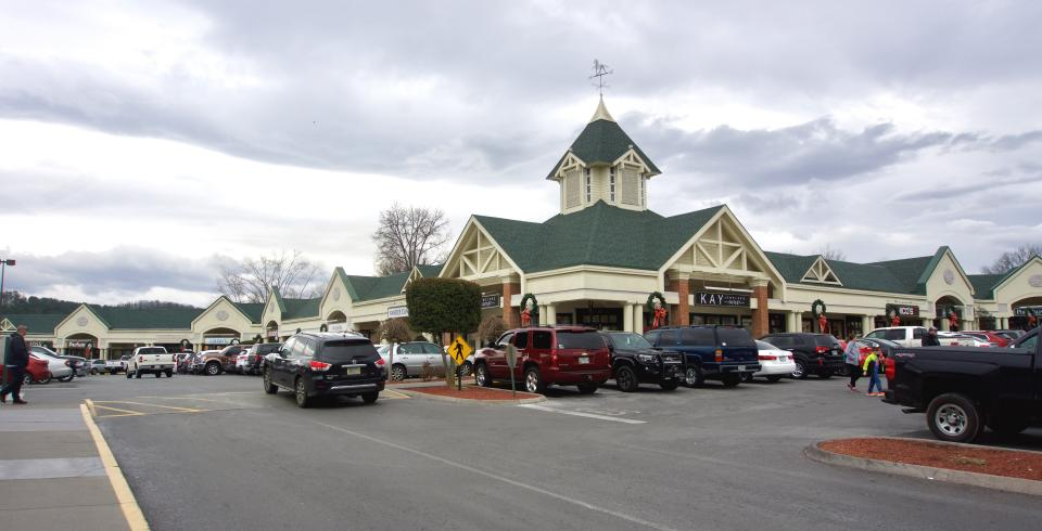 Tanger Outlet Center, Sevierville