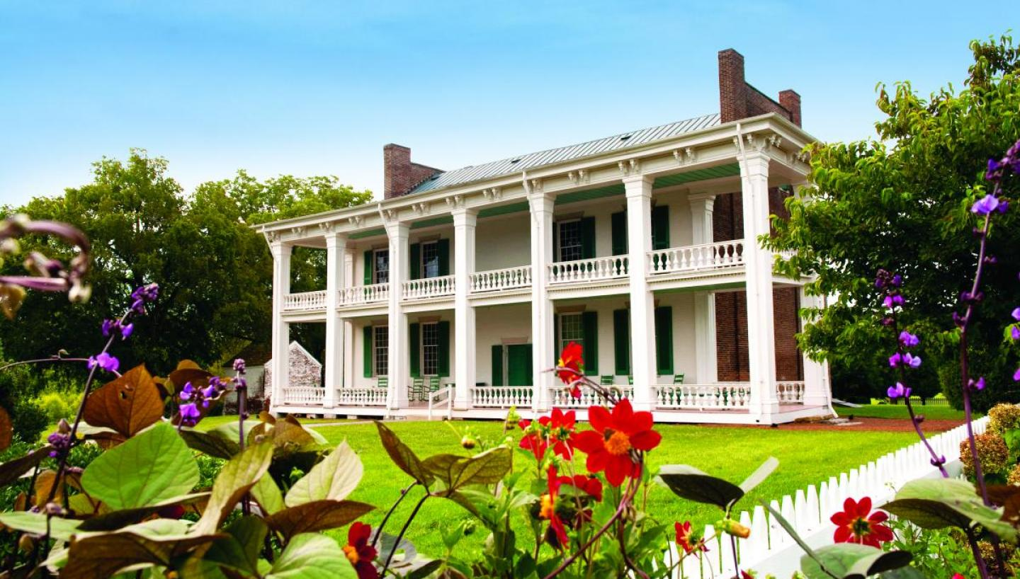 7 Places to Spend Spring in Middle Tennessee