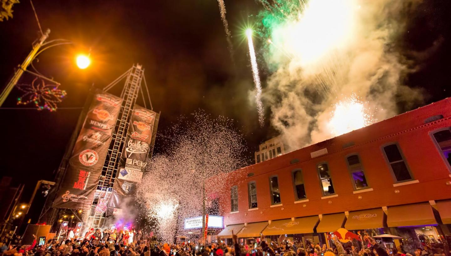 Where to Celebrate New Year's Eve in Tennessee