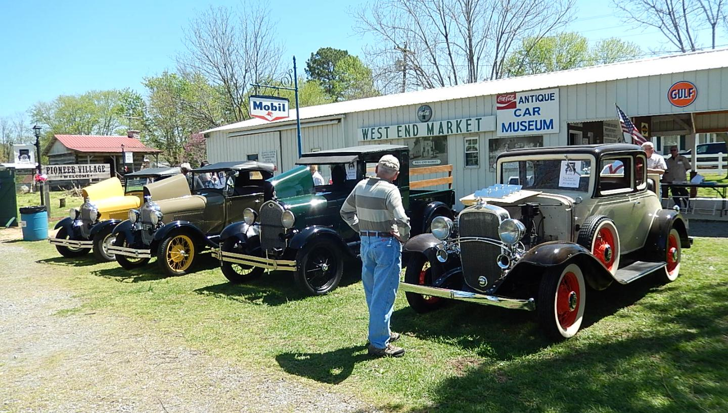 19th Annual Heritage Day Antique Car Show