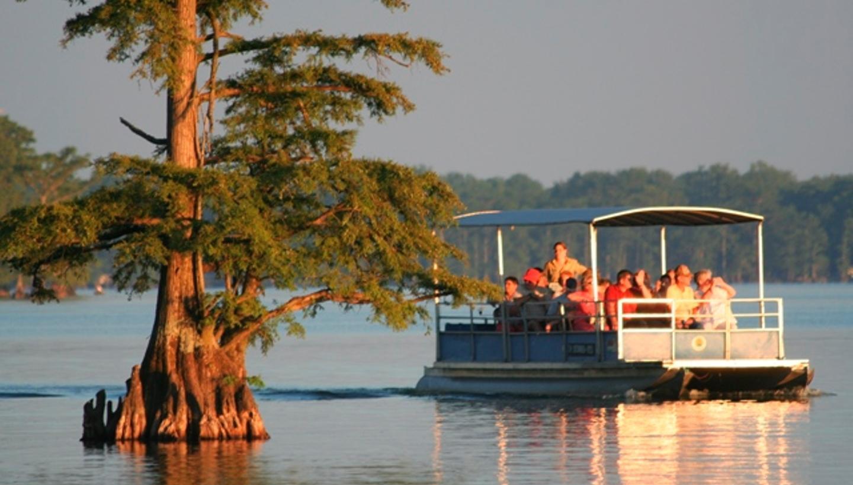 Reelfoot Lake Scenic Boat Cruises