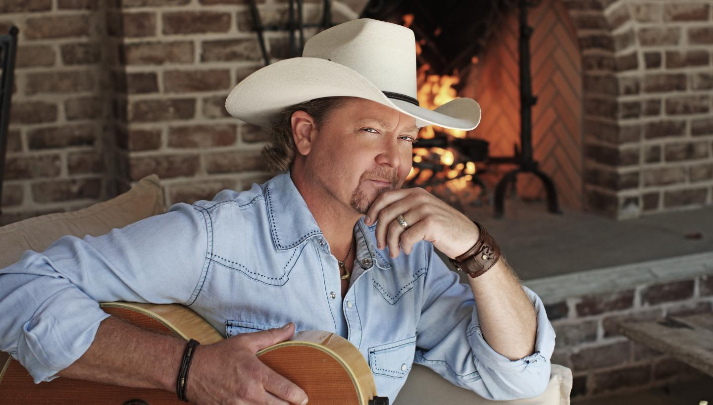 Tracy Lawrence at the Niswonger Performing Arts Center