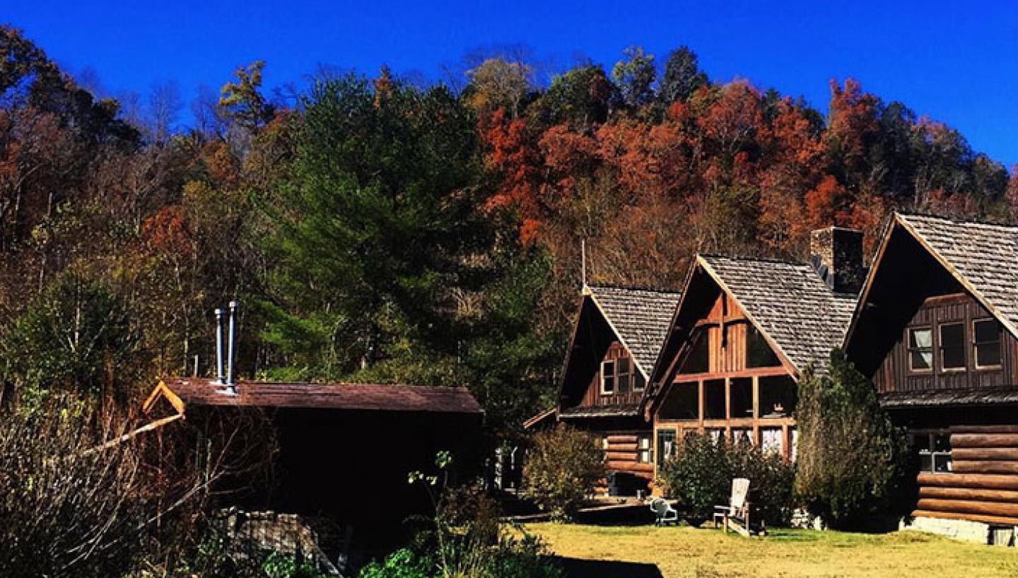 Creekwalk Inn B Amp B And Cabins At Whisperwood Farm In Cosby Tn Tennessee Vacation