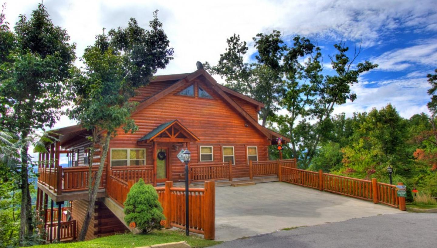 pigeon forge single guys Stay in gatlinburg cabins or pigeon forge cabins with auntie belham's cabin  rentals  these beautiful mountains are some of the oldest on earth and one of  the.