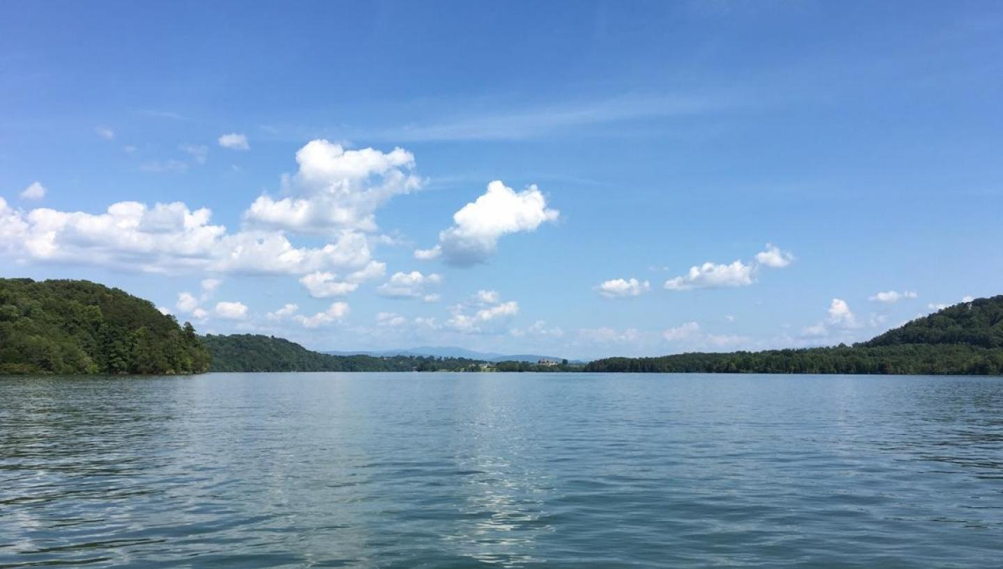Plan A Road Trip >> Lake Tellico in Vonore, TN - Tennessee Vacation