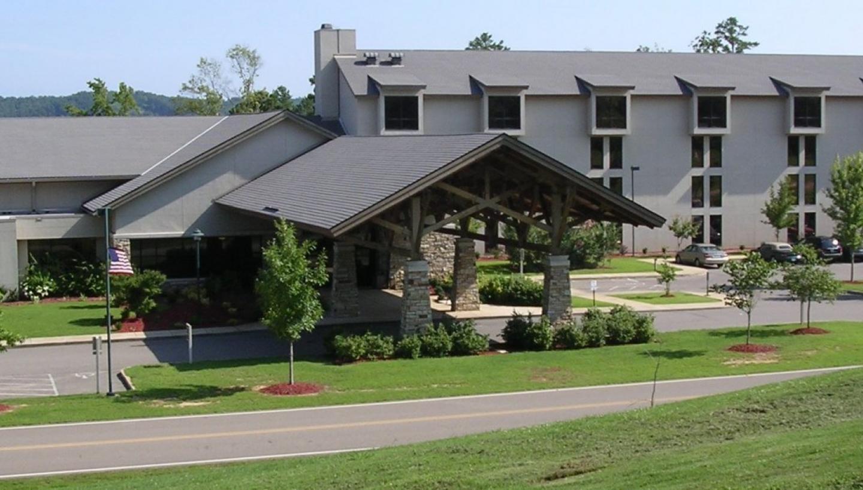 Pickwick Landing State Park Inn, Restaurant & Conference Center