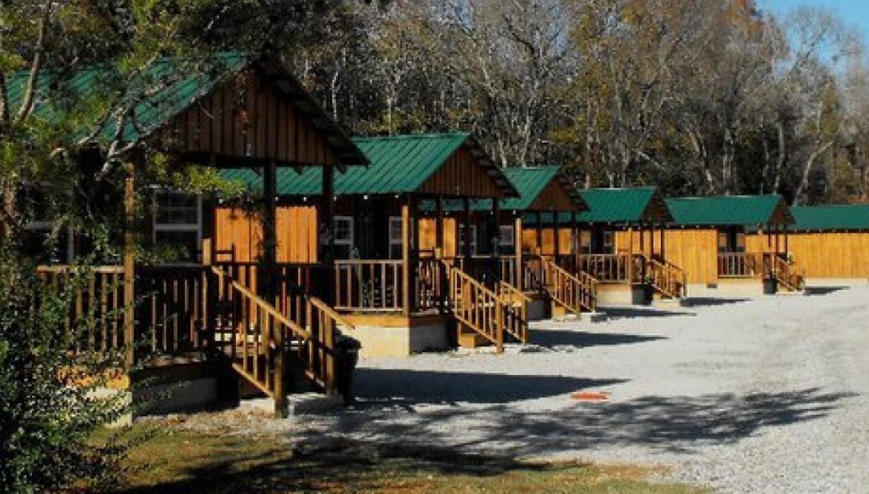 Bear Inn River Resort