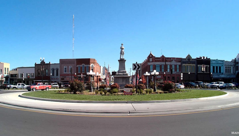 Planning A Road Trip >> Historic Lebanon Main Street in Lebanon, TN - Tennessee Vacation