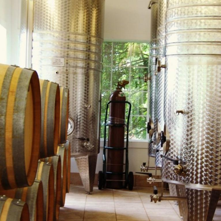 Apple Barn Winery in Sevierville, TN - Tennessee Vacation