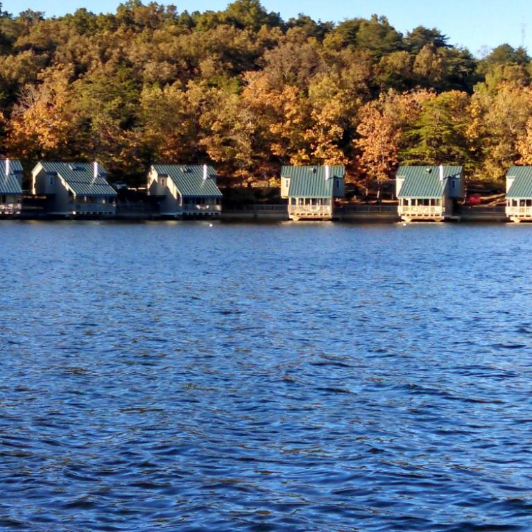 Fall creek falls state park inn conf center closed for for Tnstateparks com cabins