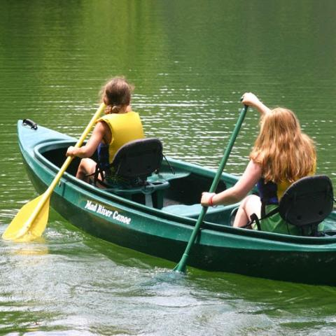 Canoeing at Ijams Nature Center