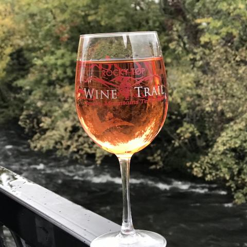 The Rocky Top Wine Trail – Great Smoky Mountains