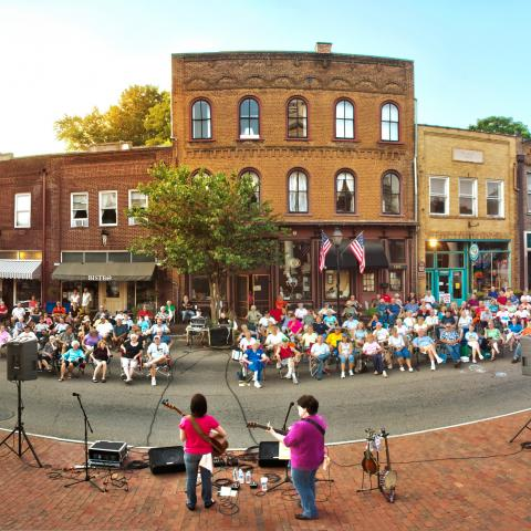 Jonesborough: Tennessee's Oldest Town Has a Vibrant Story to Tell