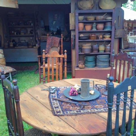 """""""Days of the Pioneer"""" Antique Show"""