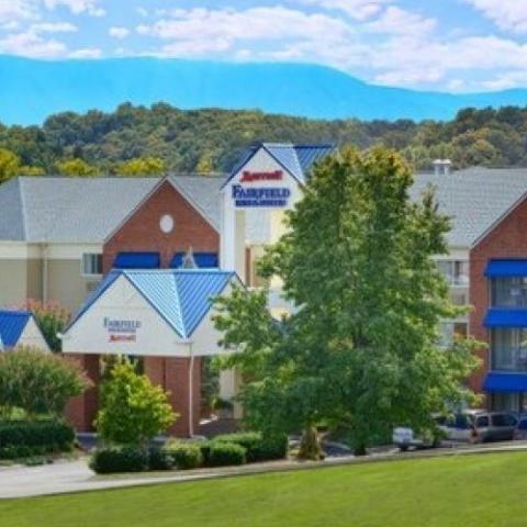 Fairfield Inn & Suites-Five Oaks