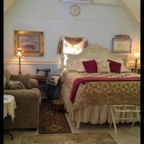 Lylewood Inn Bed & Breakfast