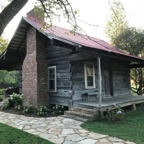 Green Frog Farm Bed & Breakfast