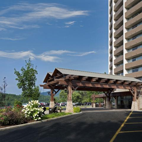The Park Vista a DoubleTree by Hilton - Gatlinburg