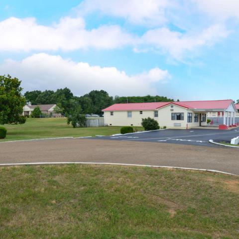 Americas Best Value Inn - Wildersville