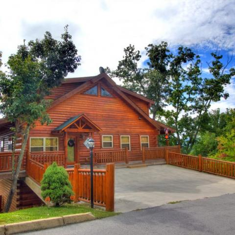 Choose Auntie Belham's Pigeon Forge Cabin Rentals for your next Smoky Mountain Vacation!
