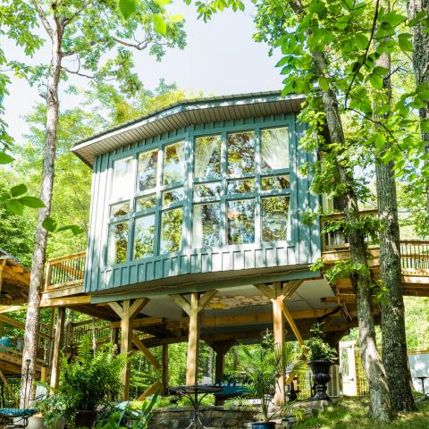Tennessee's First Luxury Treehouse and Shasta Camp