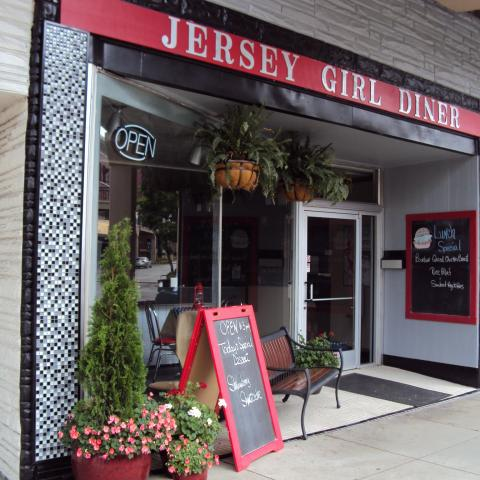 Jersey Girl Diner in downtown Morristown