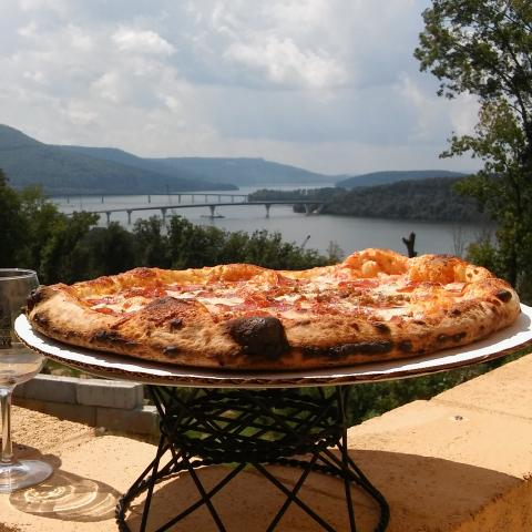 Winery, pizza, water view, mountains,