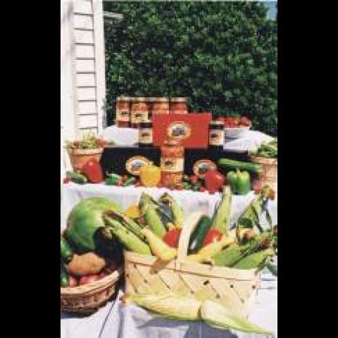 Davidson Farm / Country Store