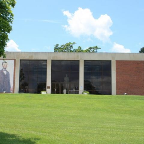 Abraham Lincoln Library & Museum