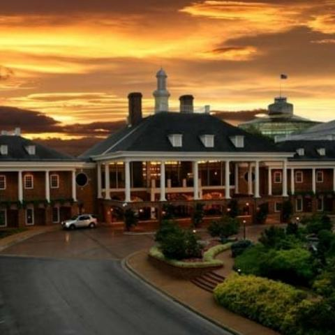 Experience the energy and excitement of Music City at Gaylord Opryland Resort