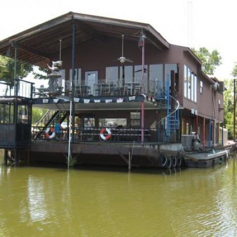 Mermaid Marina Cabins