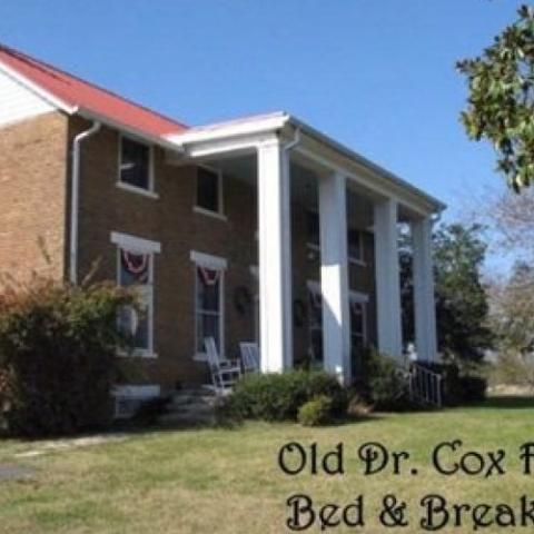 Old Dr.Cox Farm Bed & Breakfast
