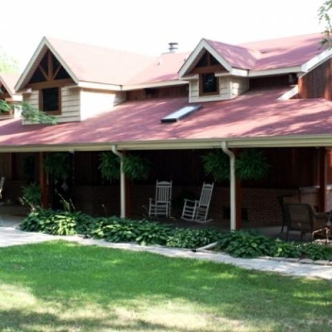 Peaceful Oaks Bed Breakfast and Barn