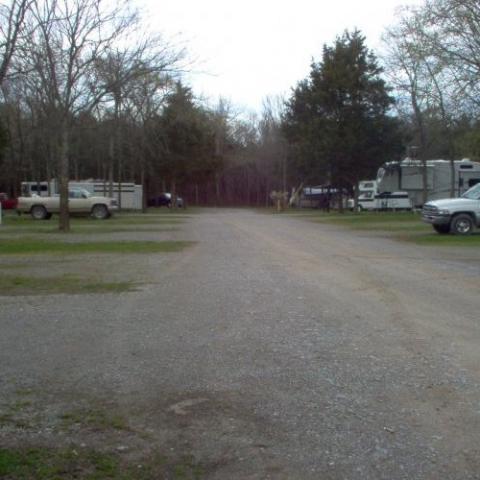 RiverRoad RV Park & Horsecamp