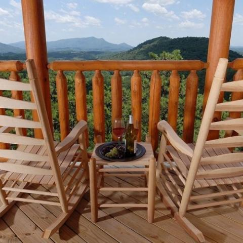 Timber Tops Luxury Cabin Rentals - Pigeon Forge